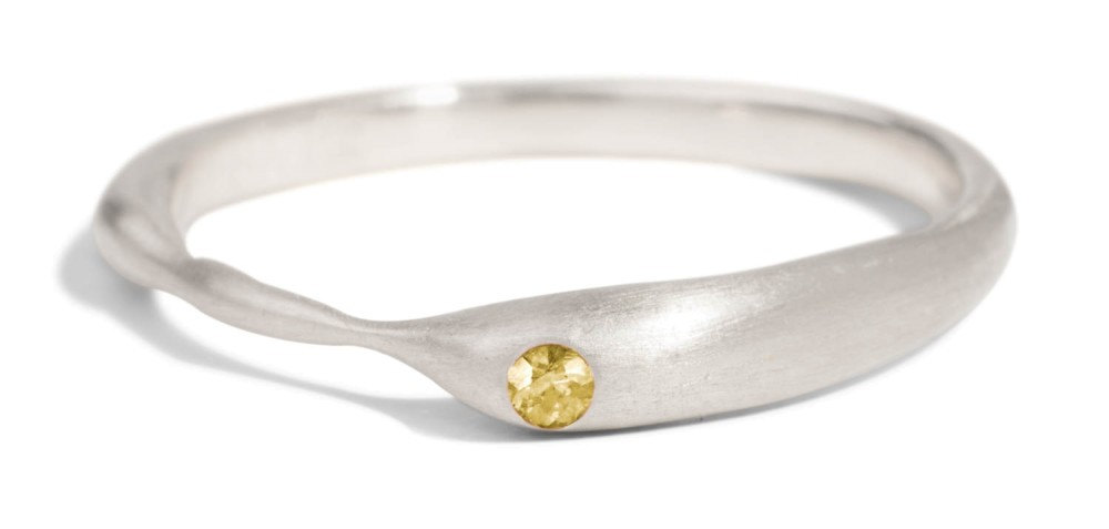 Reticulated One Yellow Sapphire Band
