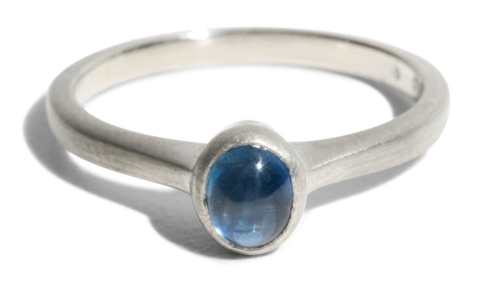 Custom Cala Ring with Oval Cabochon Sapphire