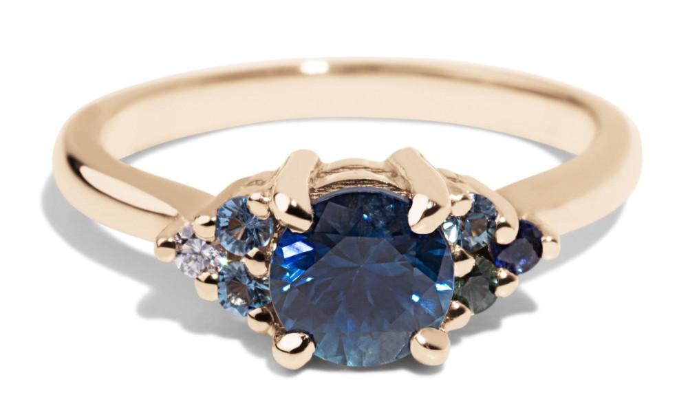 Avens Symmetrical Blue Sapphire Ombré Ring