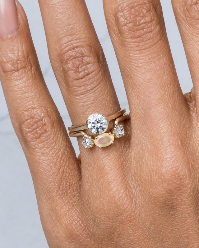Allium Diamond Ring