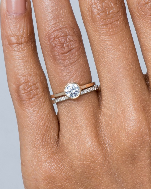 Allium Diamond Ring with Notch
