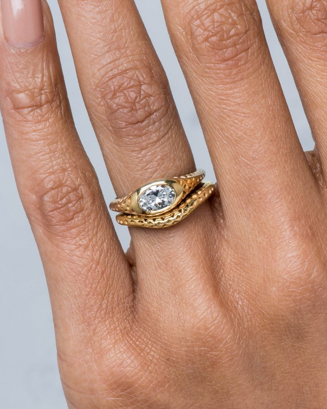 Filigree Diamond Oval Ring