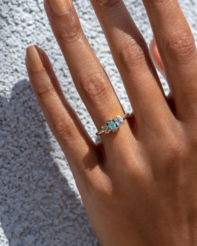 Lash Cluster Triad Paraiba Ring