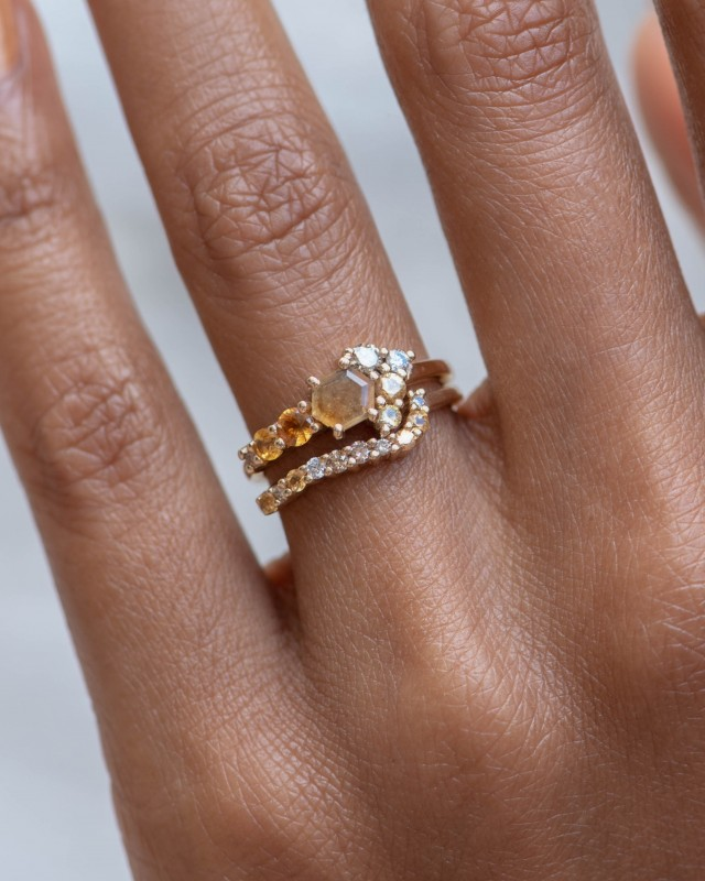 Radial Cluster Diamond with Yellow Sapphire Band