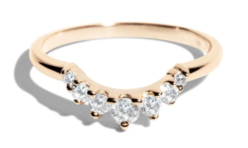 Arco Curved Diamond Band in 14kt Yellow Gold