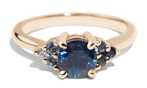 Avens Symmetrical Blue Sapphire Ombré Ring in 14kt Yellow Gold