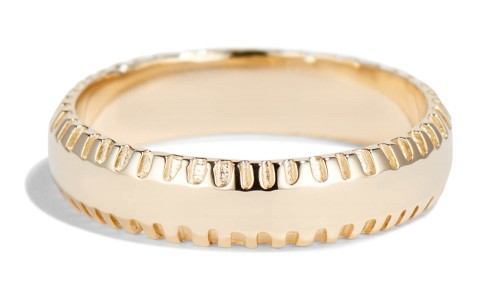 Ray Fringe Edge Band in 14kt Yellow Gold