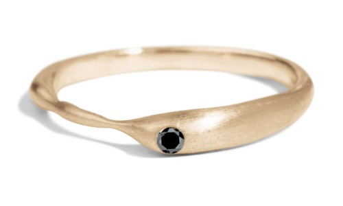 Reticulated One Black Diamond Band in 14kt Yellow Gold