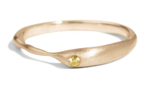 Reticulated One Yellow Sapphire Band in 14kt Yellow Gold