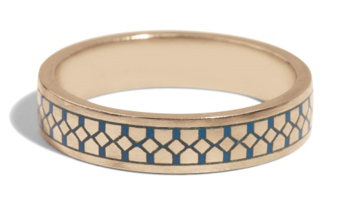 Shield Band with Blue Enamel in 18kt Yellow Gold