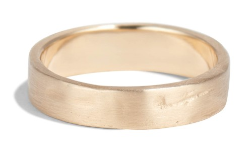 Weathered Band in 14kt Yellow Gold